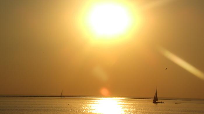 Скачать музыку и снова солнце закат