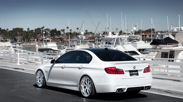 BMW, berth, cars