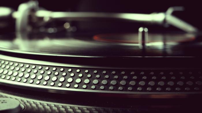 depth of field, vinyl