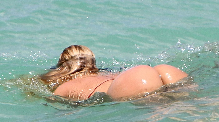 Нарезка секс на пляже