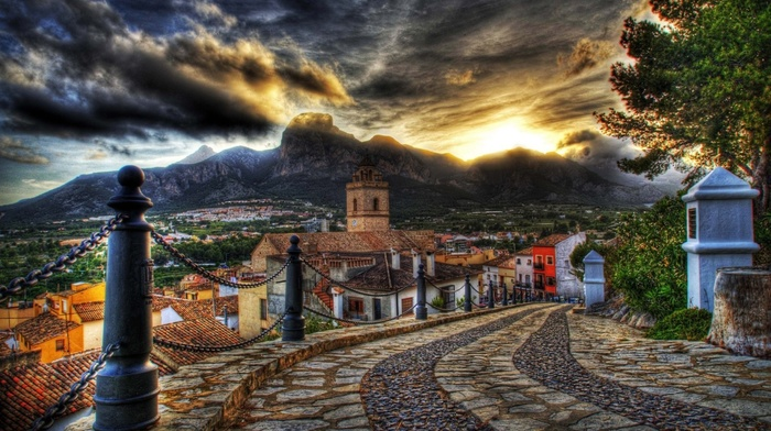 дорога, архитектура, улицы, красивые, облака, дома, закат, горы