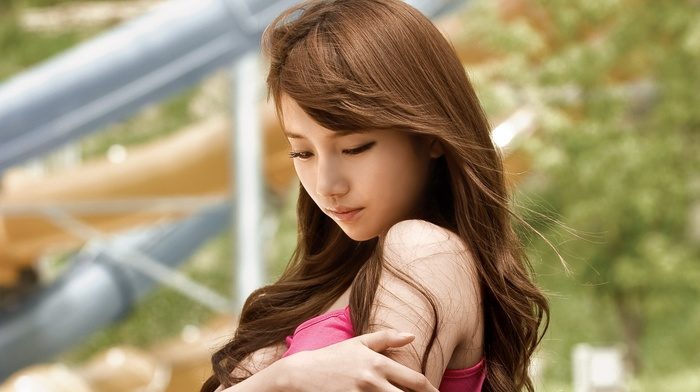 tank top, girl outdoors, Asian, brunette, looking down, Suzy, girl, bare shoulders, face, Korean, K, pop, long hair, Miss A