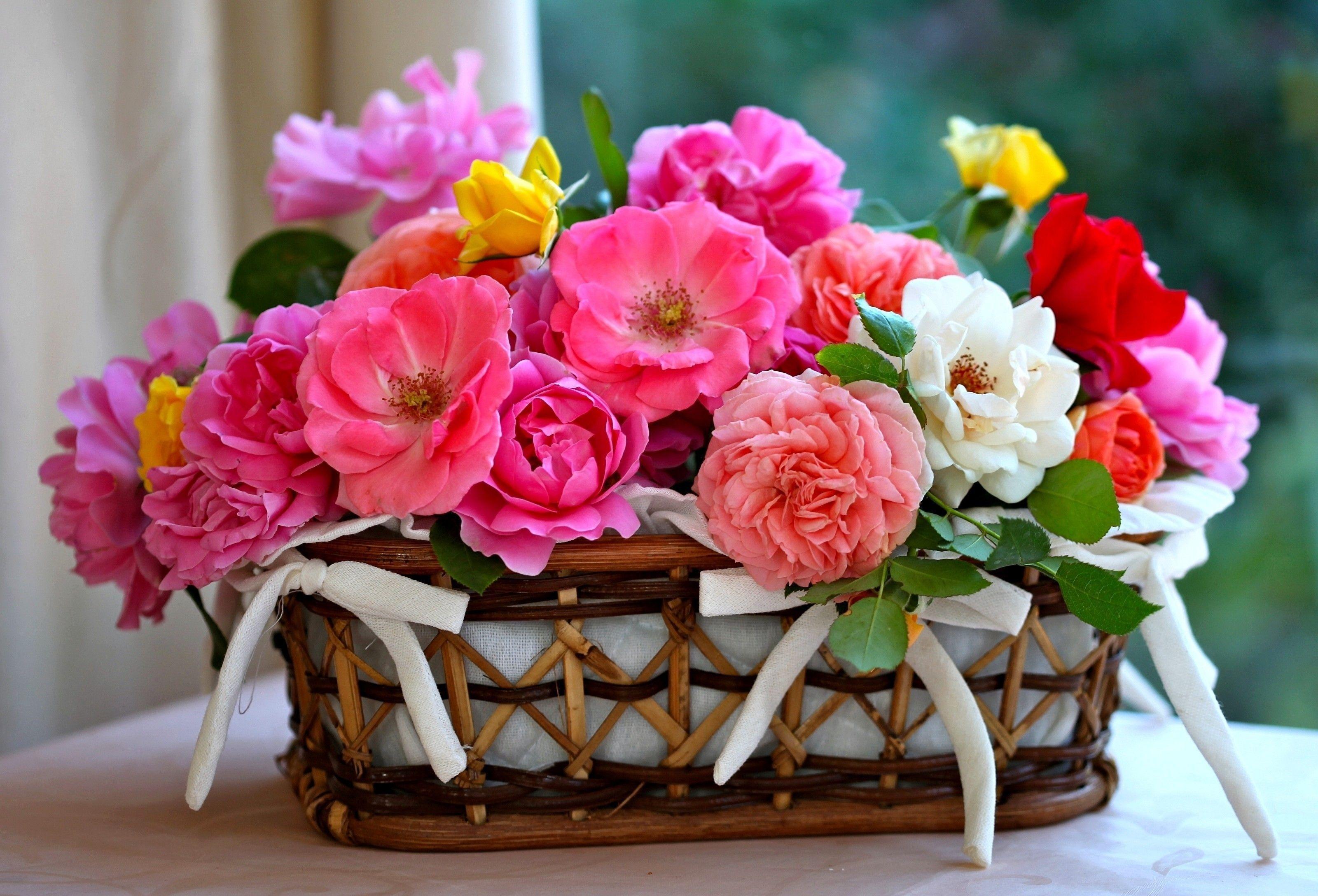 Цветочки в корзинке
