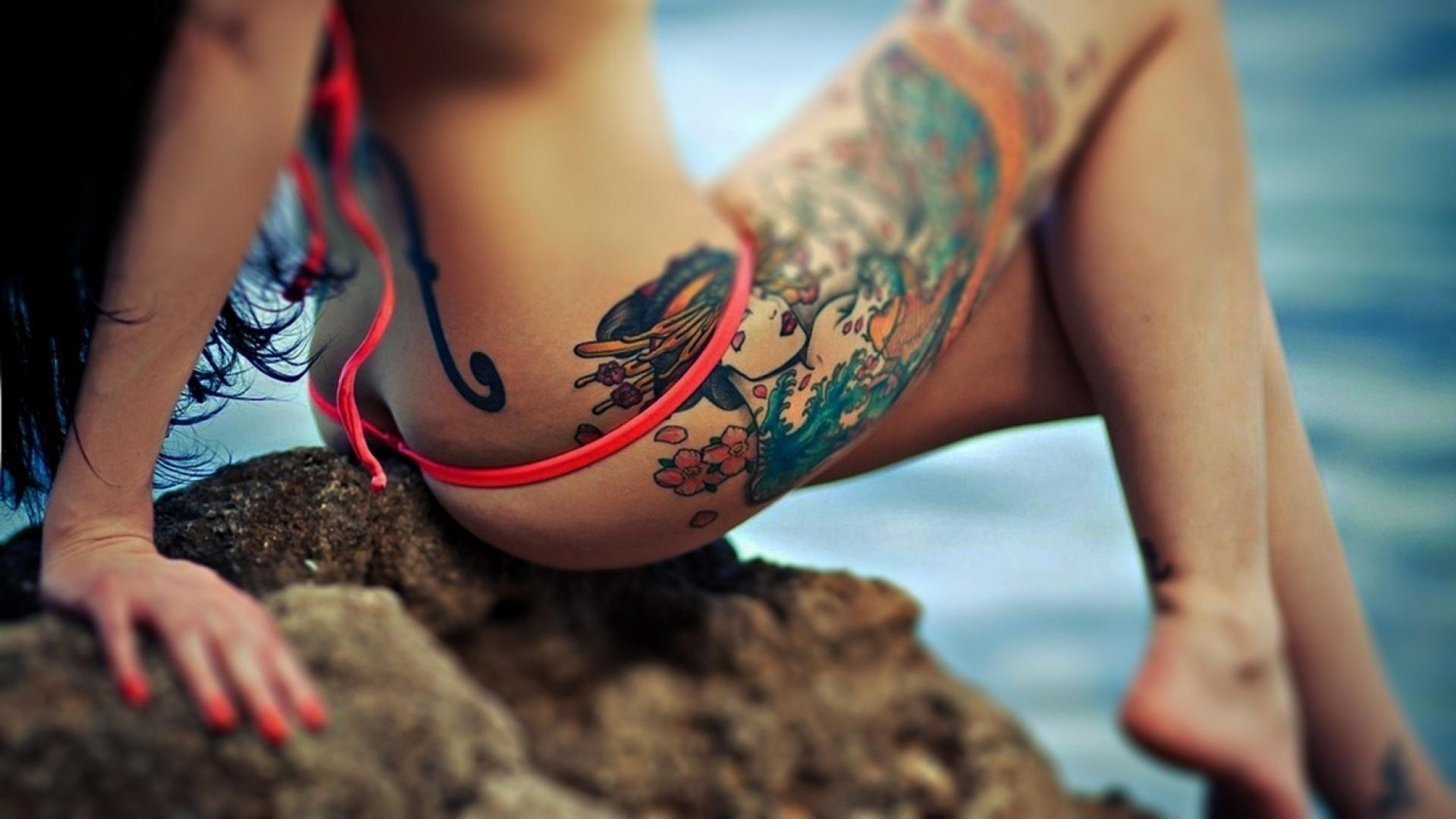 Почему девушки особенно азиаты вставляют вату между пальцов ног 19 фотография