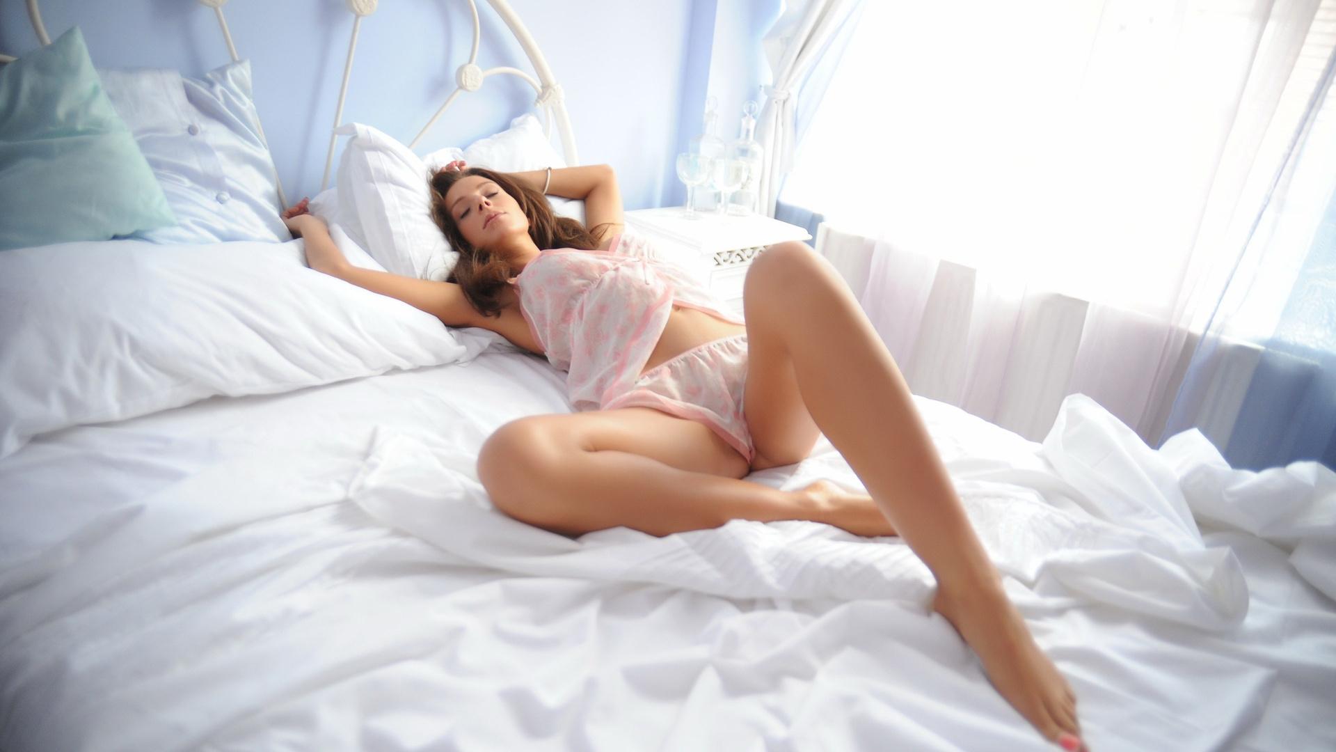 Сонник сон муж голый лежит в ванной