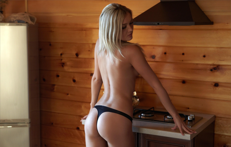 Симпатичная русская девушка голая 8 фотография