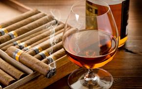 stunner, wineglass, table, bottle