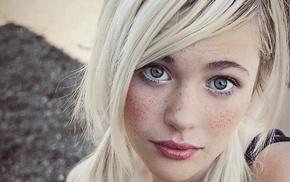 Devon Jade, blonde