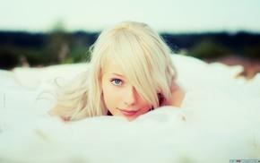 голубые глаза, блондинка, девушка